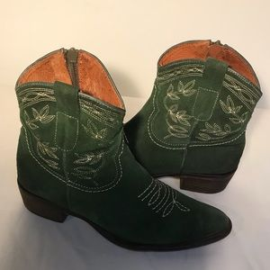 Hibou Italian Leather Western Boots - Green